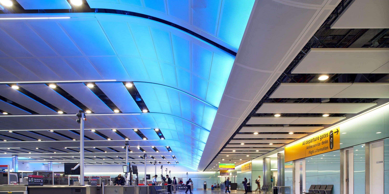 Heathrow Terminal 3 - Architainment Lighting